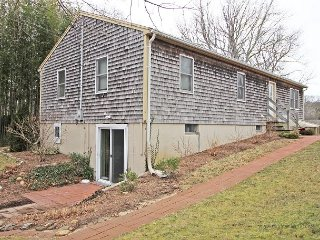 Cute Vineyard Haven Home Close to Town - Vineyard Haven vacation rentals
