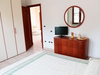 2 bedroom Condo with Deck in Cappelle sul Tavo - Cappelle sul Tavo vacation rentals