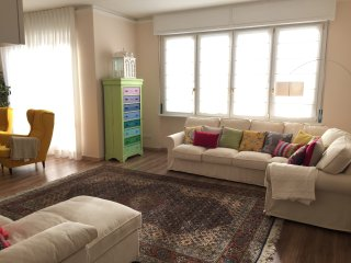 Fabulous 200sqm bright, new apartment walking distance to Duomo and city centre - Florence vacation rentals