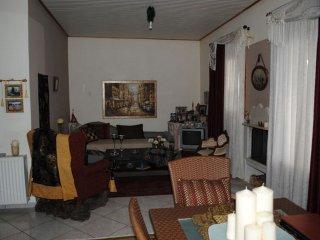 2-floor house WITH FANTASTIC VIEW AT SEA - Vari vacation rentals