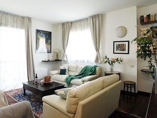 Beautiful 1 bedroom Condo in Milan - Milan vacation rentals
