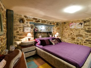 "Authentic Cretan Stone House ""Dora"" in the village! - Kasteli vacation rentals"