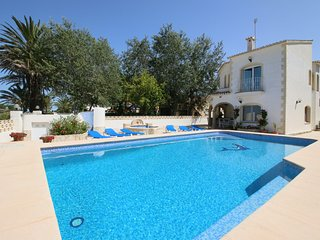 Nice Villa in Denia with Internet Access, sleeps 6 - Denia vacation rentals