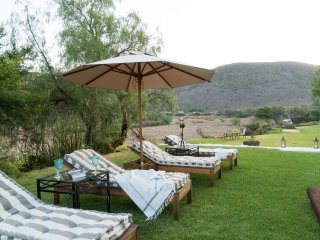 4 bedroom House with Parking in Calitzdorp - Calitzdorp vacation rentals