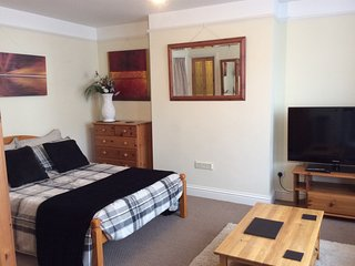 Self Catering Studio Apartment - West Wycombe vacation rentals