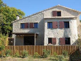 Holiday Provence Ventoux Saint Michel - Entrechaux vacation rentals