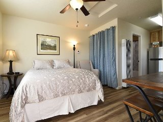 Sagewood Studio - Just Built - Clean, Comfortable & Convenient - McKinleyville vacation rentals