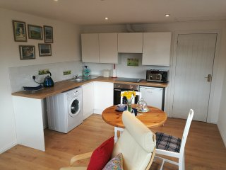 Self contained annexe, newly created for 2017 in quiet close. - Fontwell vacation rentals