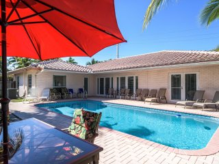 Tropical Paradise Heated Swimming pool, beaches,shopping, fishing,kids ,pets ok - Fort Lauderdale vacation rentals