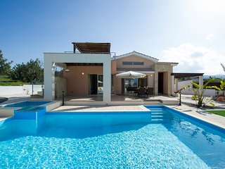Beautiful 3 bedroom Villa in Latchi - Latchi vacation rentals