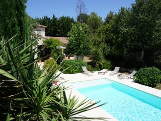 Charming House with Internet Access and Wireless Internet - Saint-Savournin vacation rentals