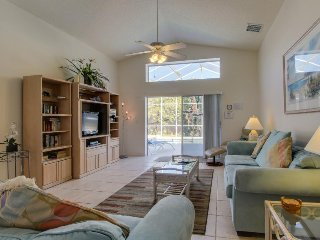 Manicured home w/ private pool, access to community pool & sports courts - Bradenton vacation rentals