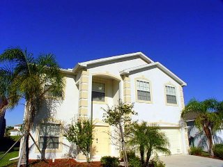 Grand waterfront villa w/private pool in tranquil Danforth Lakes! - Fort Myers vacation rentals