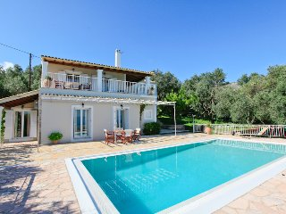 Nice 4 bedroom Villa in Kassiopi - Kassiopi vacation rentals