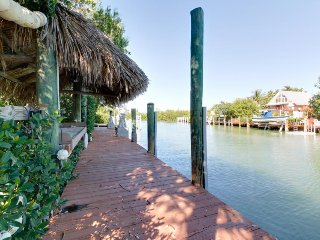 Waterfront home w/private pool & 3-boat dock - fishermen's paradise, dogs ok! - Marathon vacation rentals