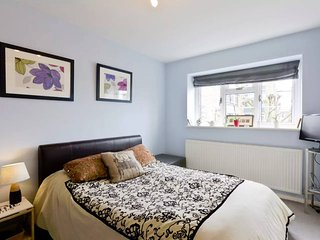 Cozy 1 bedroom Vacation Rental in London - London vacation rentals