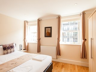 *Reduced* City Break London, Waterloo, Zone 1 Apartment - London vacation rentals