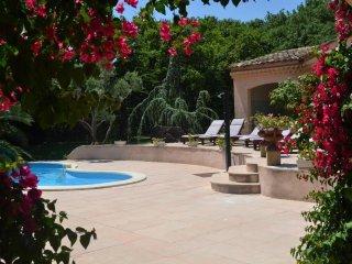 Bout de Provence - Villa Provençale de Charme - Miramas vacation rentals
