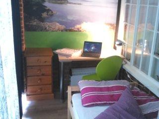 Nice 1 bedroom House in Beaconsfield - Beaconsfield vacation rentals