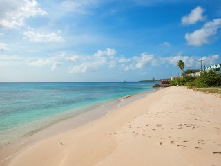 Coral Sands beachfront apt., Barbados, stunning West Coast - Speightstown vacation rentals