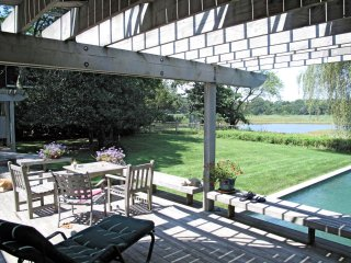 ROMANTIC LUXURY RETREAT WITH POOL & WATER VIEWS, 1 MILE FROM SAG HARBOR VILLAGE - Sag Harbor vacation rentals