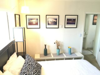 Steps to Beach, Canals & Abbot Kinney! - Los Angeles vacation rentals