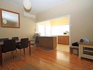 Perfect 2 bedroom House in Berrara with A/C - Berrara vacation rentals