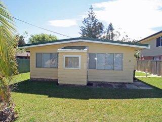 Beautiful 2 bedroom House in Berrara - Berrara vacation rentals