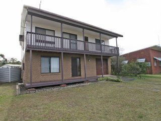 Cozy 3 bedroom House in Sussex Inlet with Television - Sussex Inlet vacation rentals