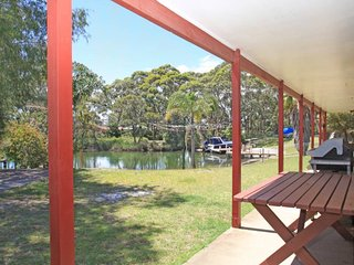 Nice House with Television and DVD Player - Sussex Inlet vacation rentals