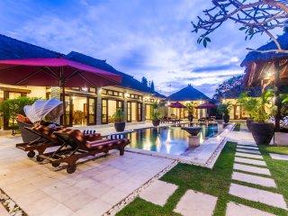 4 Bedrooms - Villa An Tan - Central Seminyak - Seminyak vacation rentals