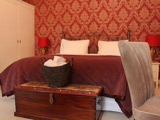 Bardney Hall - B&B Red Room - Barton-upon-Humber vacation rentals
