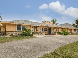 Exceptional Executive 6 Bedroom rental home across from Fort Myers Beach with - Fort Myers Beach vacation rentals