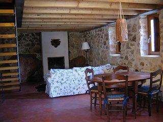 Los Lilos - Casa Piedra - Casas rurales de alquiler Sigüenza - Siguenza vacation rentals