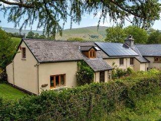 Alpaca Cottage Crickhowell / Brecon/ Hay on Wye - Pengenffordd vacation rentals