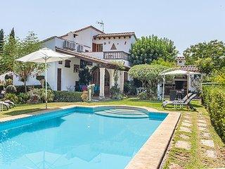 2 bedroom Villa in Pollença, Mallorca, Mallorca : ref 4001 - Pollenca vacation rentals