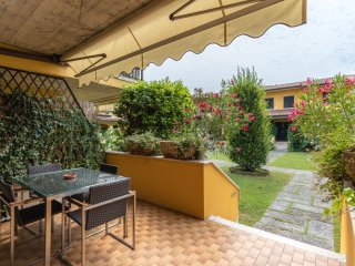 Casa ARENA- lake on foot - Swimming pool - Garden - FAMILY PARADISE - Sirmione vacation rentals