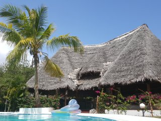 MALINDI: Deluxe double room pool breakfast included - Malindi vacation rentals