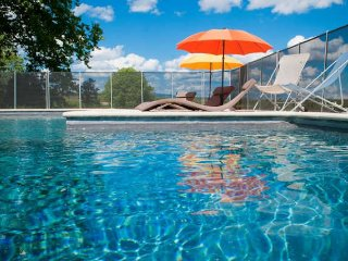 Mas Fabrègues holiday cottages in France, with pool - Aspiran vacation rentals