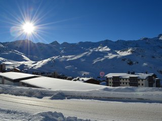 Sunny 3 bedroom Val Thorens Apartment with Balcony - Val Thorens vacation rentals