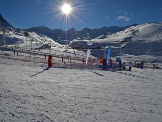 Perfect 2 bedroom Apartment in Val Thorens with Internet Access - Val Thorens vacation rentals