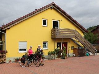 Unterkunft an der Rheinroute in einer schönen Lage zu einem günstigen Preis. - Busingen am Hochrhein vacation rentals