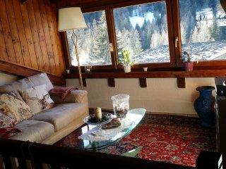 Cozy 2 bedroom La Thuile Apartment with Parking - La Thuile vacation rentals