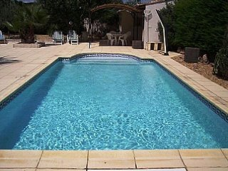 Comfortable House with Internet Access and Patio - Maraussan vacation rentals
