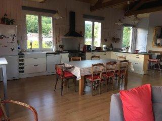 APPARTEMENT D'HÔTES 2 à 5 personnes LA COMBE DE REDOLES - Tour-de-Faure vacation rentals