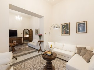 EXCLUSIVE VILLA IN FLORENCE - Florence vacation rentals
