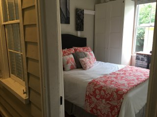 209 B - Remodeled 1 Bedroom Near King Street - Charleston vacation rentals