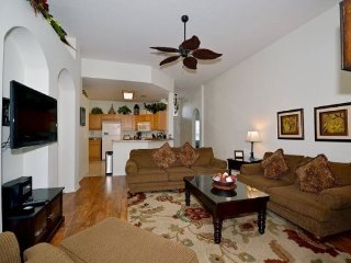 Haines City 4 bedroom 3 Bath Pool Home In Gated Community. 206MC - Haines City vacation rentals