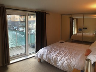 New flat with nice the river Thames views & great transport links. - Welling vacation rentals