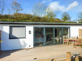 RAMSTORLAND WOODLAND VIEW barn conversion, open plan, WiFi, scenic views - Stoodleigh vacation rentals